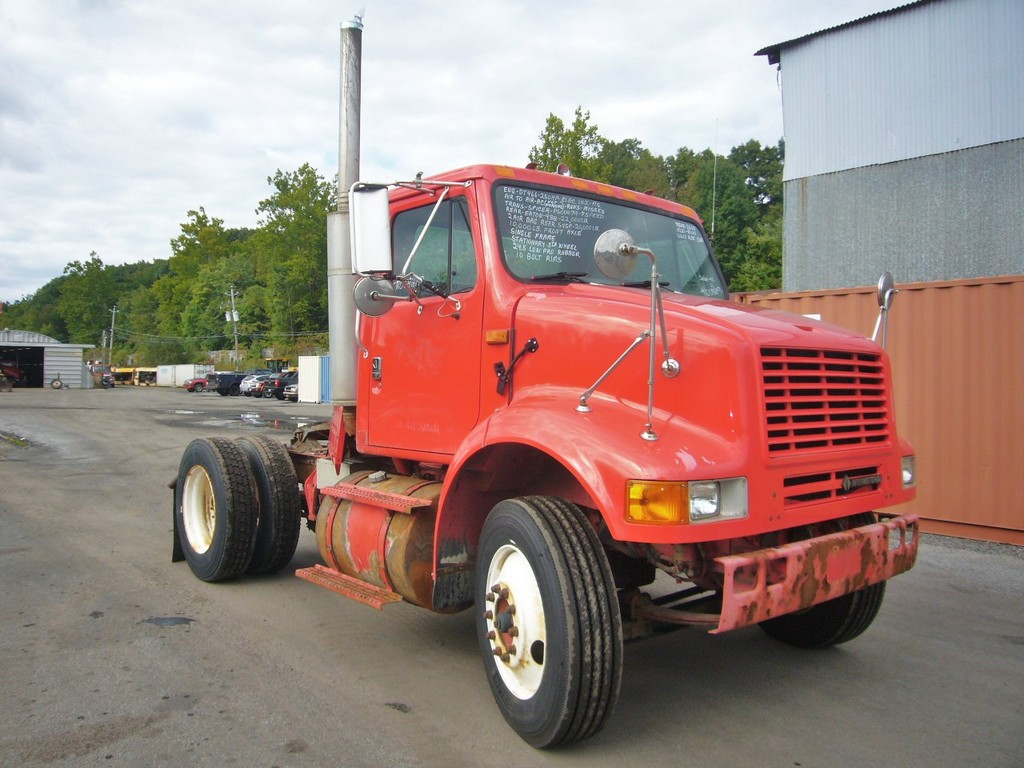 Single Axle Tractor Trucks : International single axle day cab tractor for