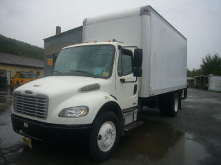 2006 Freightliner Business Class M2 Single Axle Box Truck
