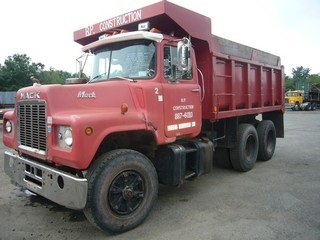 1979 Mack U686ST Tandem Axle Dump Truck for sale by Arthur ...
