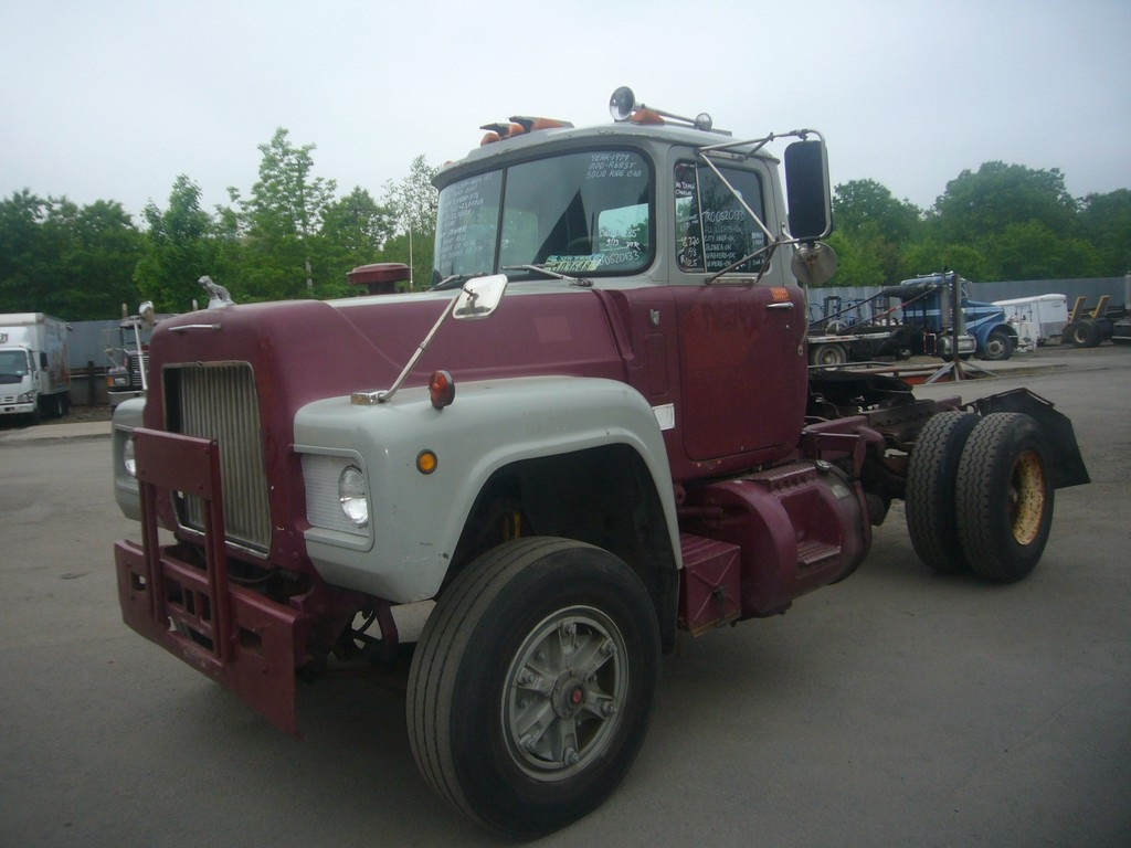 1979 Mack Tractor Truck : Mack r t single axle day cab tractor for sale by
