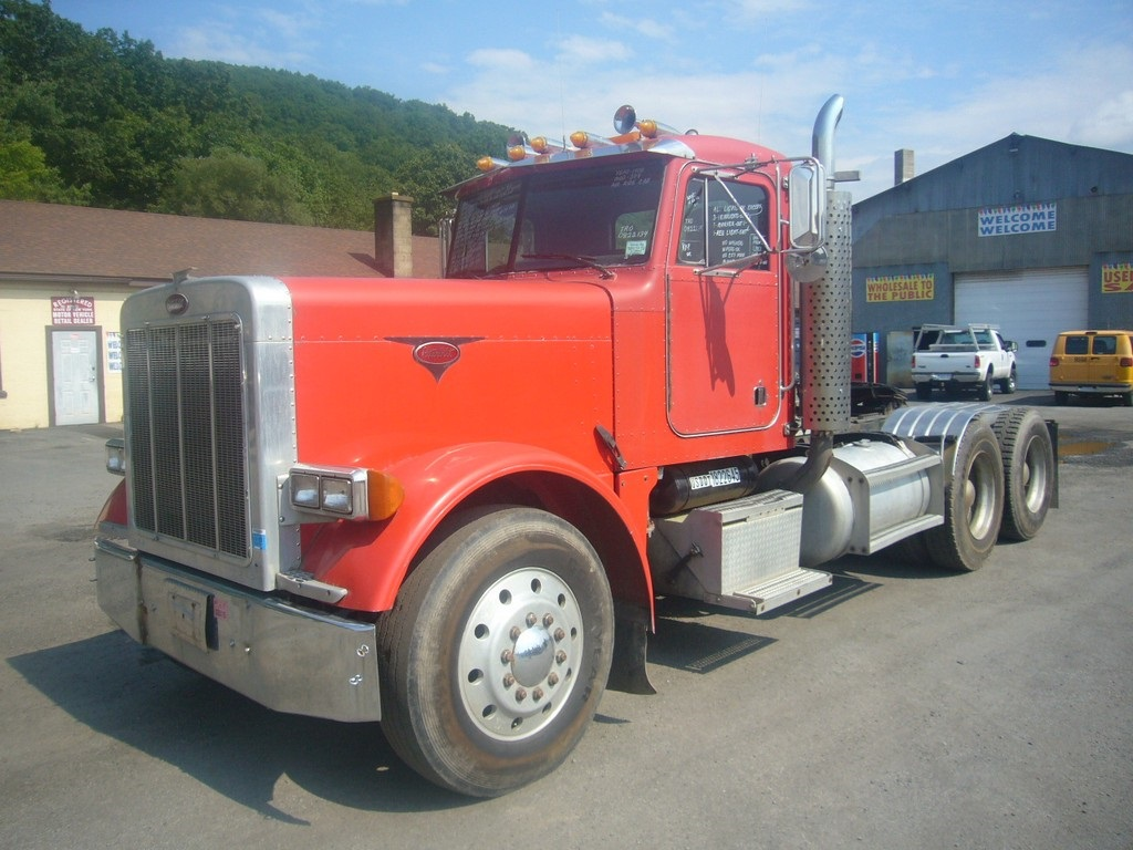 1988 Peterbilt 379 Tandem Axle Day Cab Tractor For Sale By
