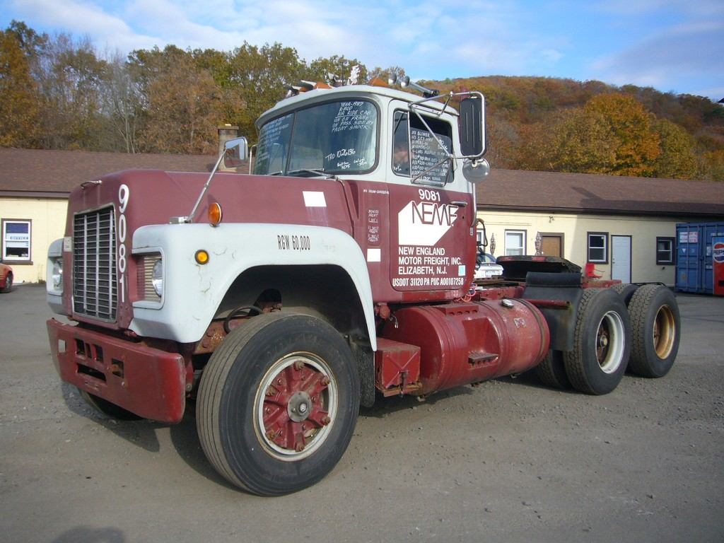 1987 Mack R-Model Tandem Axle Day Cab Tractor for sale by Arthur ...
