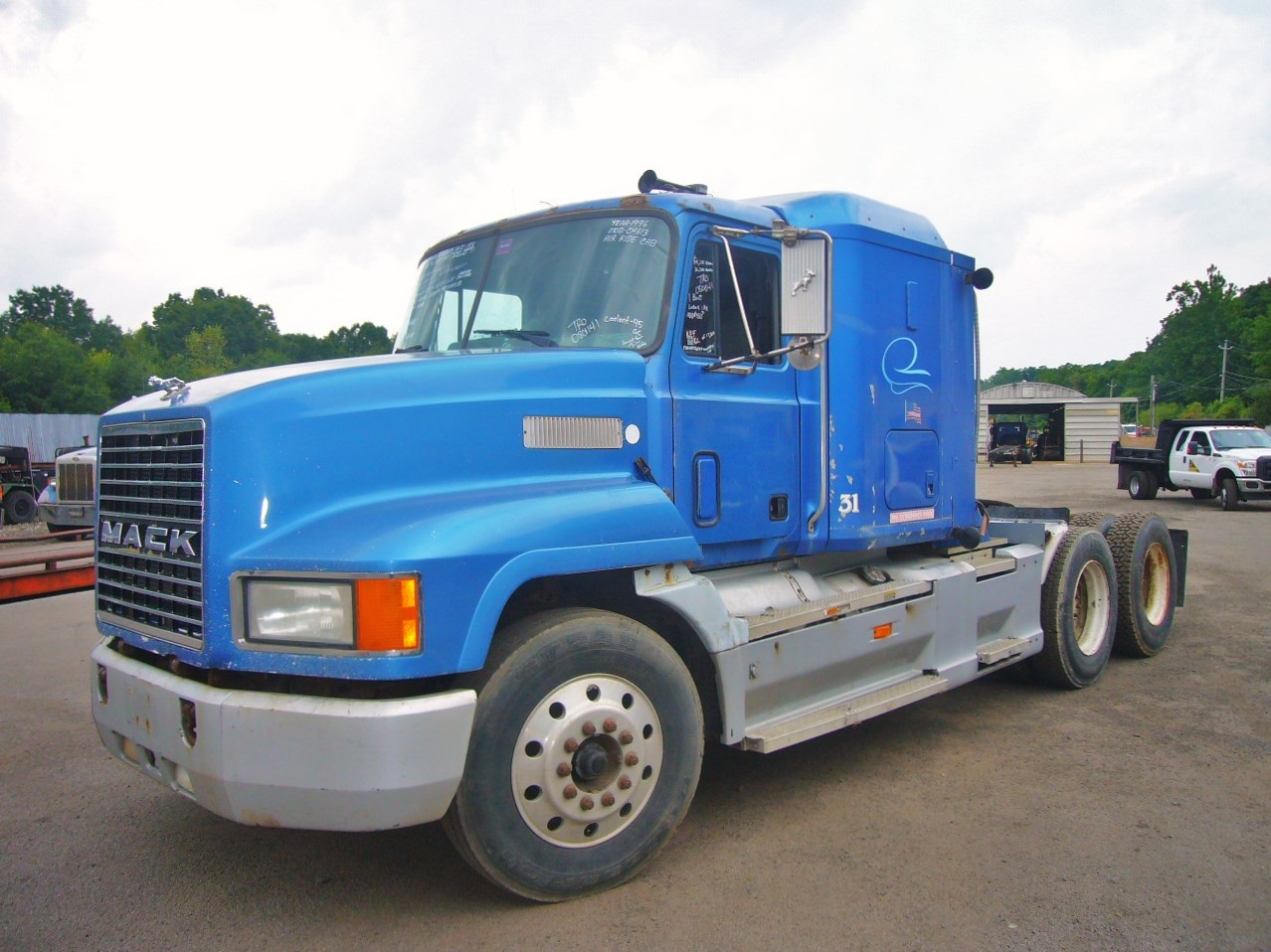 1996 mack ch613 tandem axle sleeper cab tractor for sale