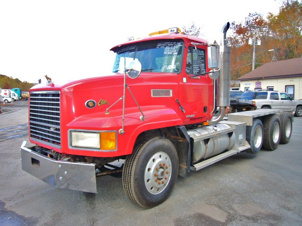 Mack Tri Axle Tractors : Mack cl tri axle day cab tractor for sale by
