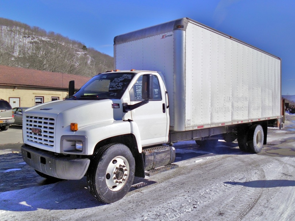 2007 Gmc C7500 Single Axle Box Truck For Sale By Arthur