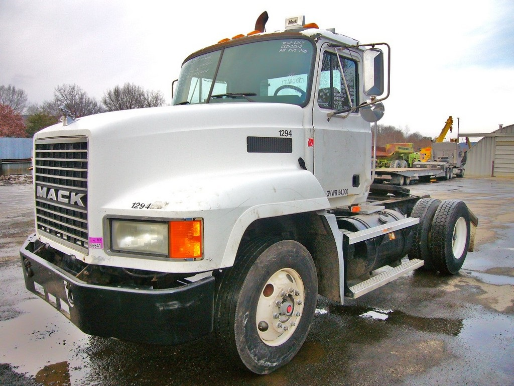 Mack Rear Hub : Mack ch single axle day cab tractor for sale by