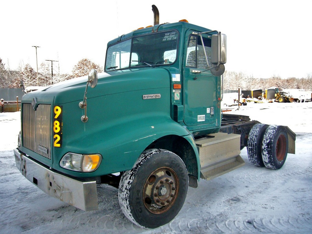 International Tractor Spindle : International single axle day cab tractor for