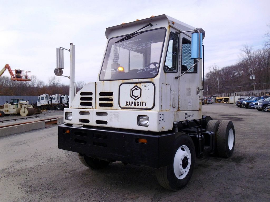 2004 capacity tj5000 single axle yard switcher for sale by. Black Bedroom Furniture Sets. Home Design Ideas