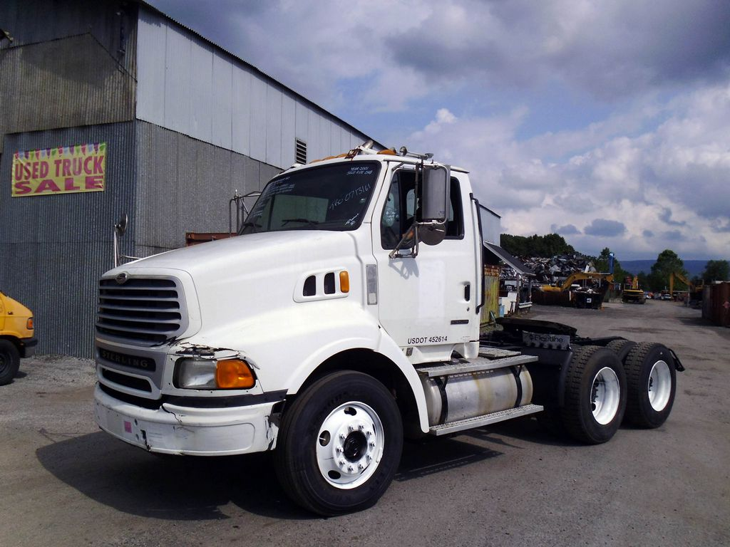 2001 Sterling AT9500 Tandem Axle Day Cab Tractor for sale by